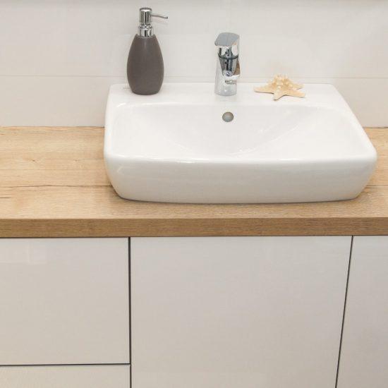 Szafka umywalkowa drewno i biel